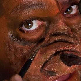 Halloween-Schminkanleitung-Werwolf-(11)