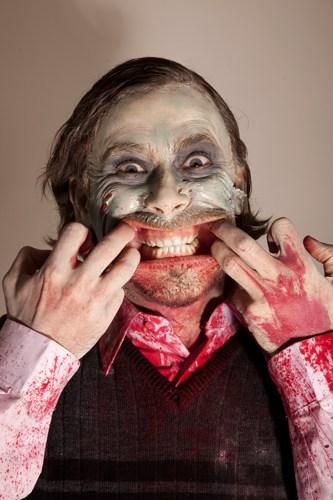zombie_posing5