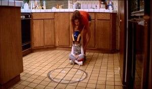 Sieht doch nach jeder Menge Spaß aus, was Mutter und Tochter in der Küche veranstalten.