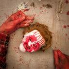 Halloween Girlande aus Puppenkopefen Bauanleitung (9)