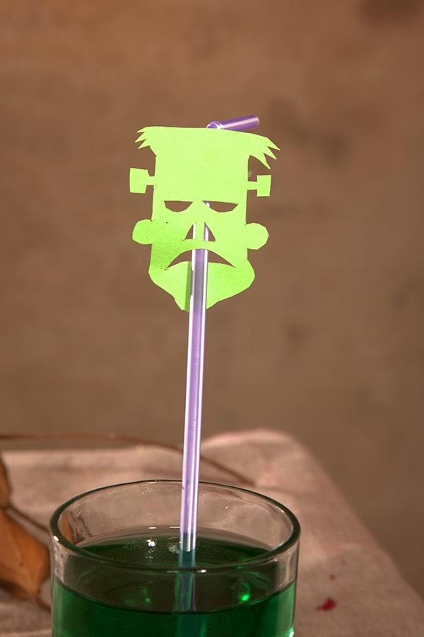 Frankensteins Monster als Trinkhalm zum selber basteln