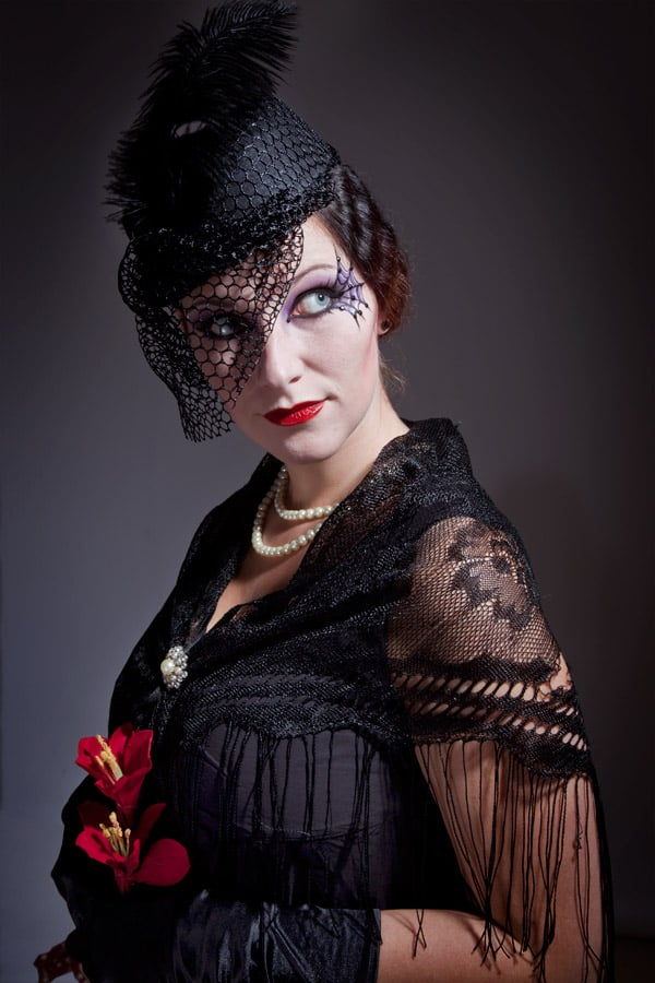 Eine wunderschöne Halloween-Idee: Die schwarze Witwe