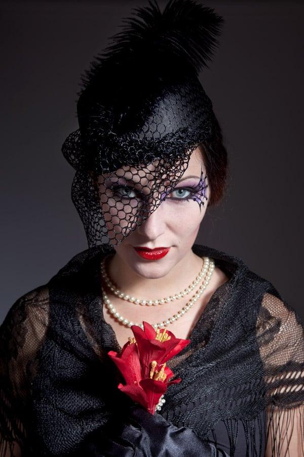 Porträt Schwarze Witwe Halloween Make-up