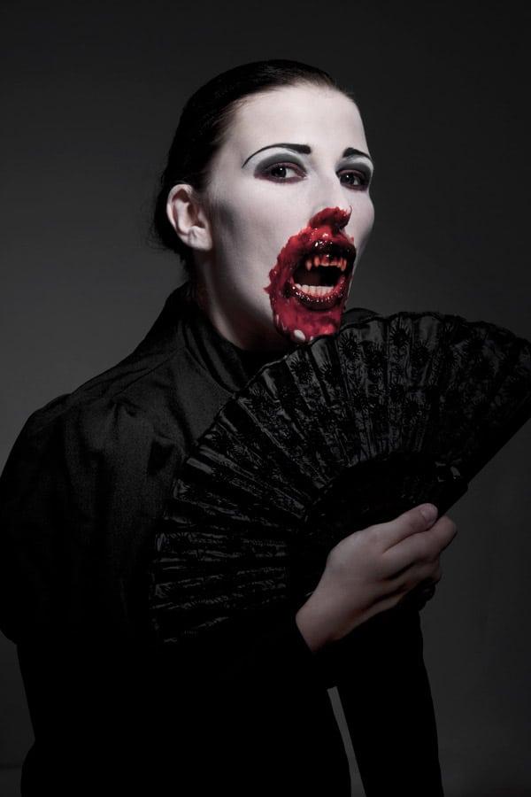 vampirin das horror grusel magazin f r halloween. Black Bedroom Furniture Sets. Home Design Ideas