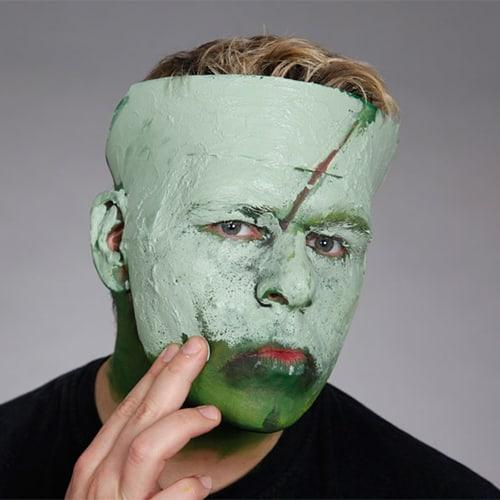 Halloween Schminkanleitung Frankensteins Monster mit Scary Skin (10)
