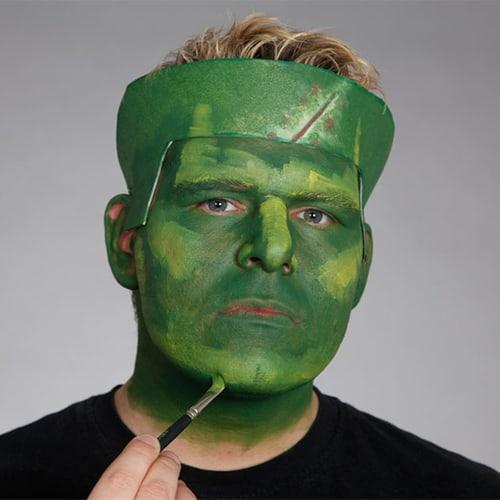 Halloween Schminkanleitung Frankensteins Monster mit Scary Skin (6)