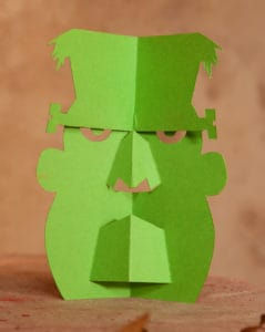 Lustiges Frankenstein Monster aus Papier zum selber basteln