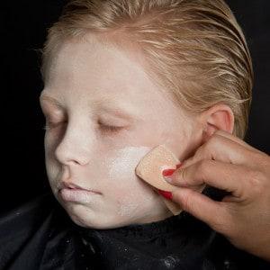Dia de los Muertos Make Up Schmink-Anleitung Junge (2)