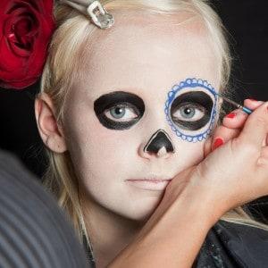 Dia de los Muertos Make Up Schmink-Anleitung Mädchen (6)