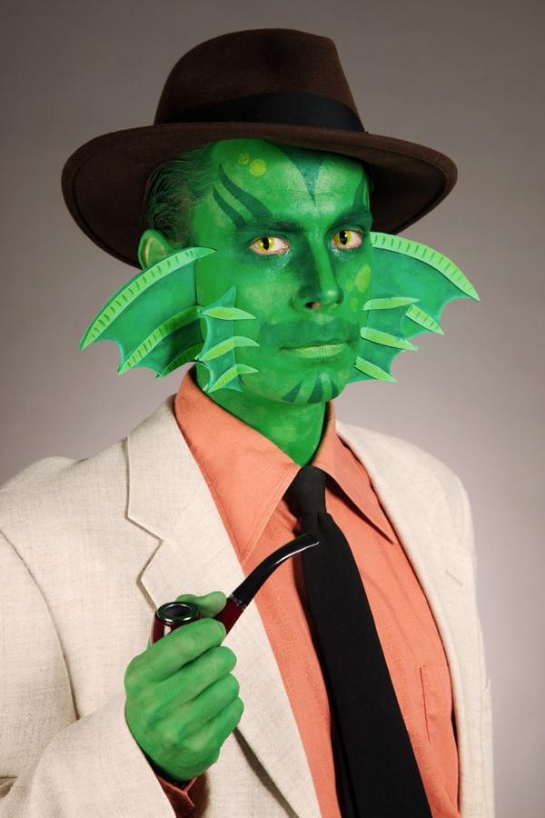Halloween Make-up Kiemenmenschen Mann Porträt