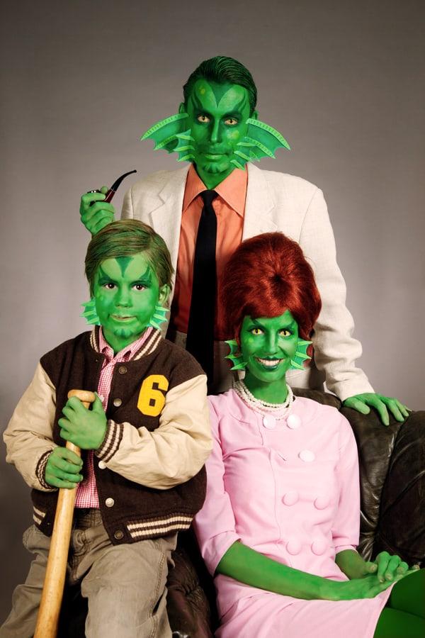 Halloween Schminkanleitung für die Familie Kiemenmensch