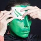 Halloween Make-up Kiemenmenschen Schminkanleitung 36