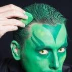 Halloween Make-up Kiemenmenschen Schminkanleitung 43