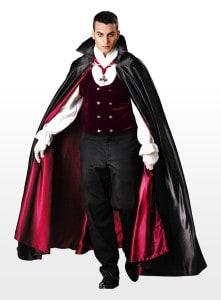 Platz 04 - Vampir Kostüm