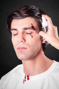 Blutspray Blut schminken Bluteffekte