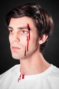 Blutspray Blut schminken Wunden schminken
