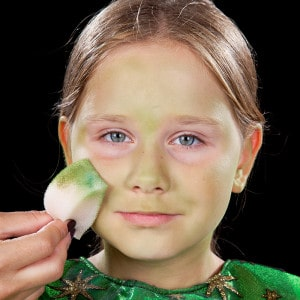 Als Hexe schminken Kinder Anleitung
