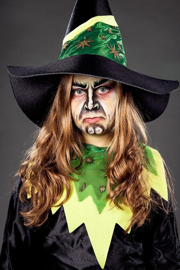 Halloween Kinderschminken Anleitung als Hexe