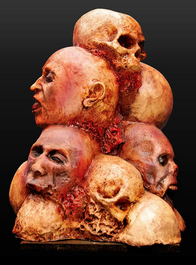 104270-leichenberg-halloweendekoration-corpse-pile-halloween-horror-decoration