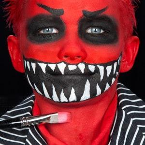 Halloween Kinderschminken Anleitung Gesicht Monster