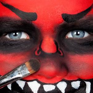 Halloween Kinderschminken Anleitung Fressmonster (8)
