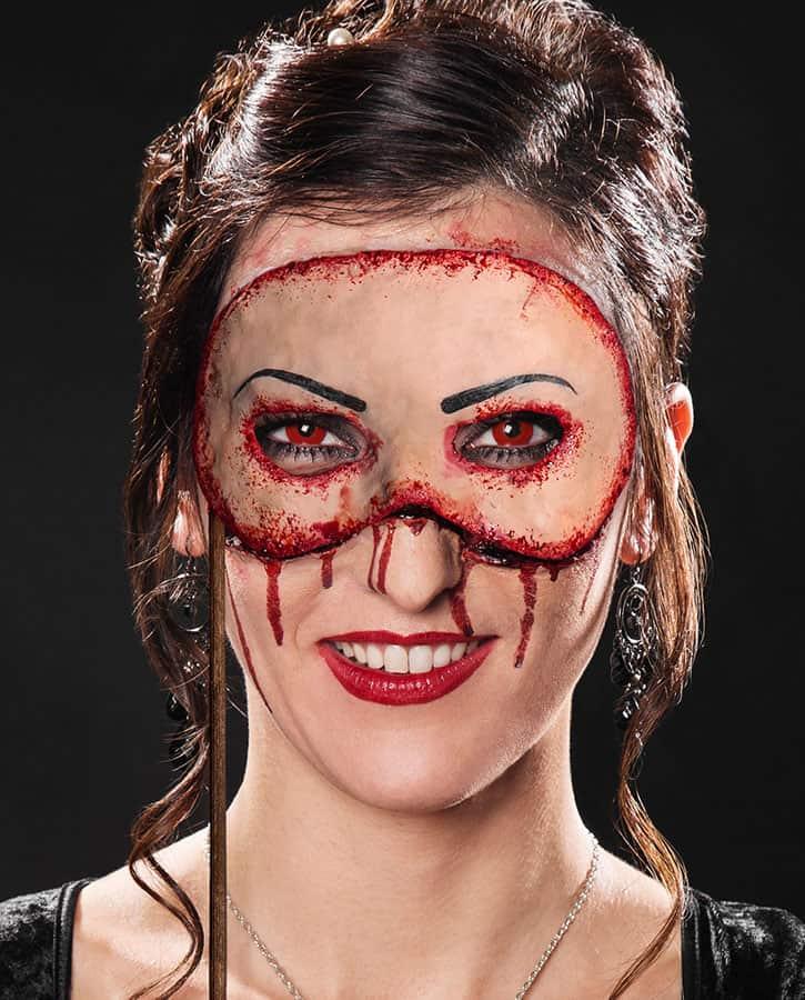 Halloween Schminke Zum Selber Machen.Blutiger Maskenball Mit Der Venezianischen Horrormaske Halloween De