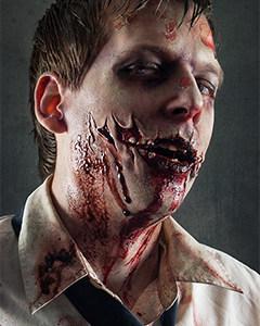 Beeindruckendes Zombie Make-up mit Latexapllikation