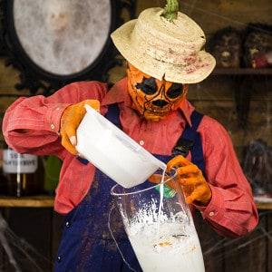 Halloween Deko Zombie Hand im Blumentopf (8)