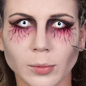 Halloween Schminkanleitung Unheimliche Geisterfrau (11)