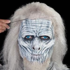 Halloween-Schminkanleitung-White-Walker (26)