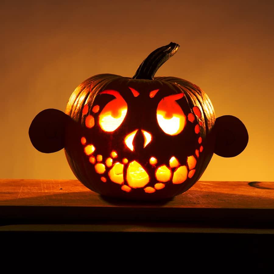 Lustiger Halloween Kürbis