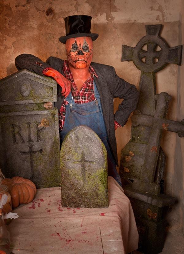 Grabsteine-Halloween-Dekoration-zum-Selberbasteln